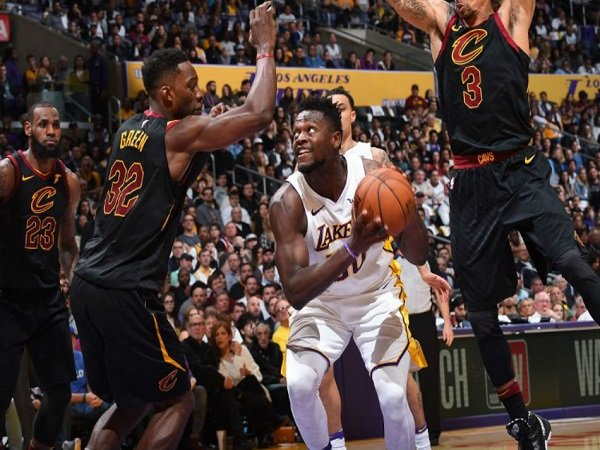Cavaliers Vs Lakers 2018 >> Los Angeles Lakers Mampu Menang Lawan Cleveland Cavaliers