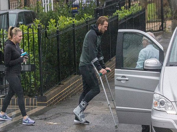 Tottenham Hotspur Tunda Scan Cedera Harry Kane