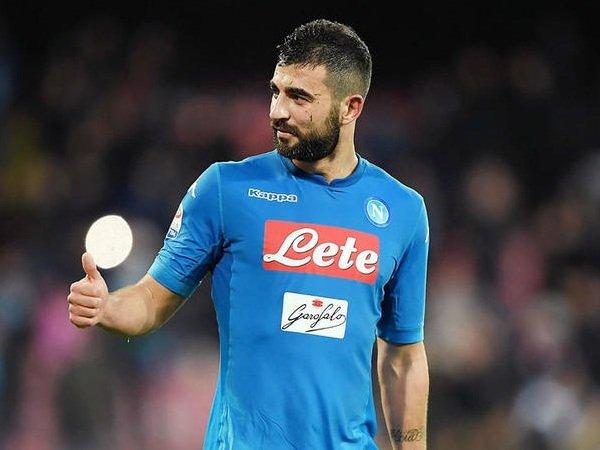 Albiol Klaim Napoli Hampir Terobsesi untuk Kalahkan Juventus dalam Perebutan Scudetto