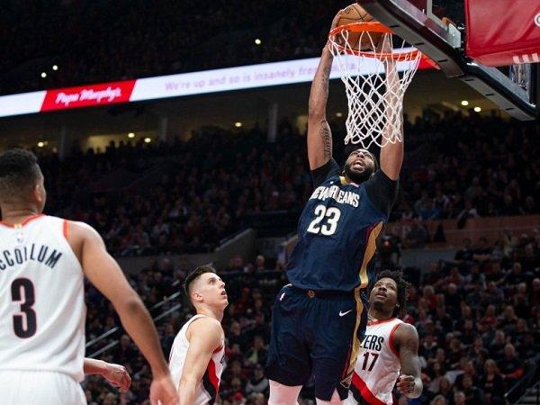 Pelicans Curi Kemenangan Dari Kandang Blazers