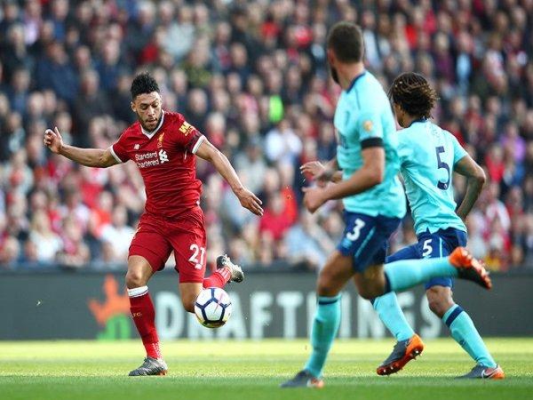 Kalahkan Bournemouth, Chamberlain Soroti Kerja Keras Liverpool