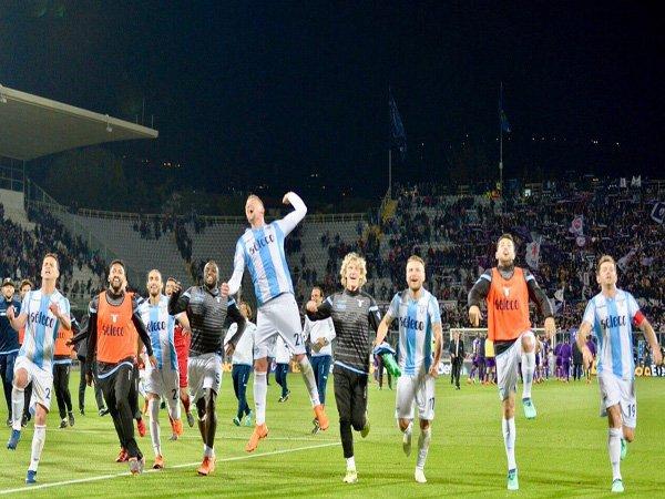 Match Highlight: Fiorentina 3-4 Lazio, Kemenangan Dramatis Biancocelesti Diwarnai Dua Kartu Merah