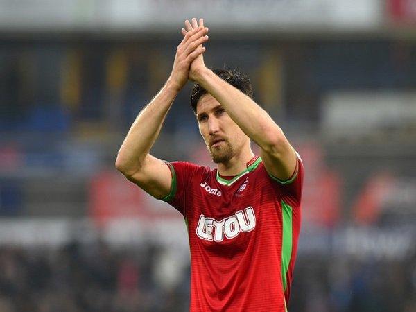 Federico Fernandez Akui Swansea City Gagal Manfaatkan Kesempatan