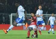 Ezechiel Gagal Penalti, Persib Ditahan 10 Pemain Bali United