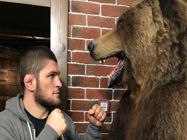 Manajer Khabib Nurmagomedov Tak Tertarik dengan Duel Melawan Conor McGregor