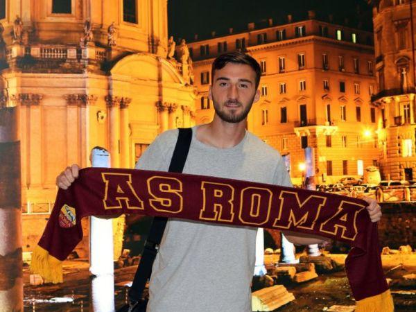 Cristante Mendarat Di Roma Untuk Selesaikan Transfer