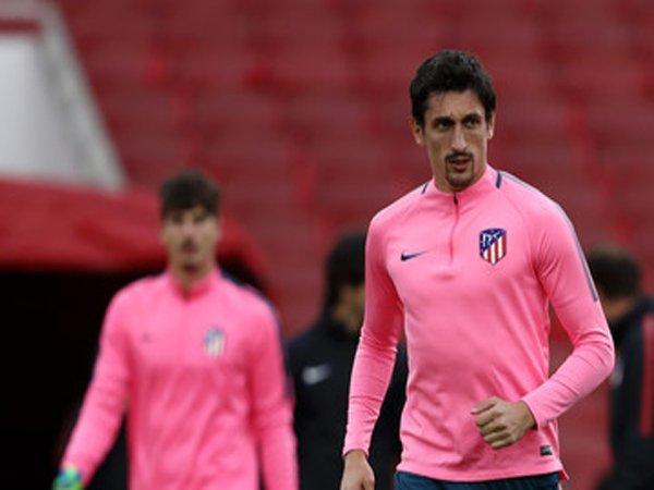 Chelsea dan Juventus Bersaing Dapatkan Servis Defender Atletico Madrid