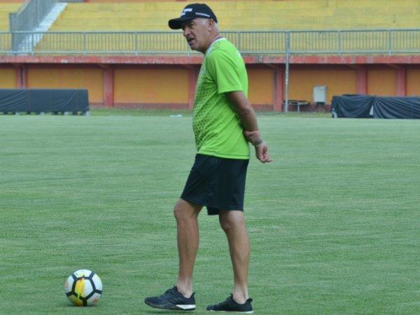 Pelatih Persib Bangga Sabahatnya Berpartisipasi di Piala Dunia