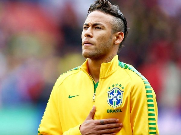 Legenda Real Madrid Klaim Neymar Adalah Pengganti Cristiano Ronaldo