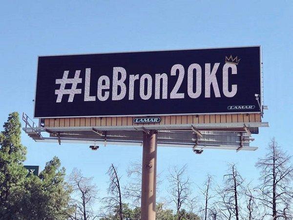 Perusahaan Iklan Oklahoma Pasang Billboard Untuk Rekrut LeBron James