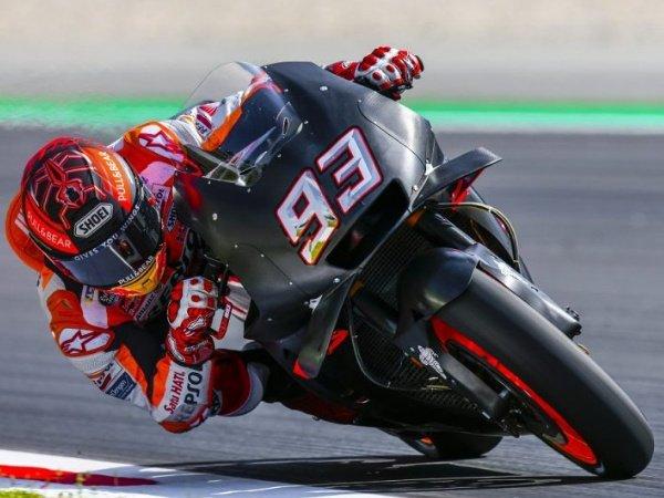 Marquez Puncaki Hasil Uji Coba Catalunya, Rossi dan Vinales Terpuruk
