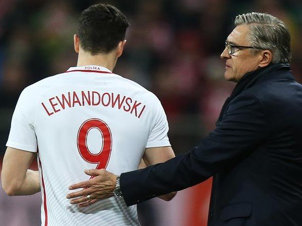 Pelatih Polandia Sebut Lewandowski sebagai Panutan