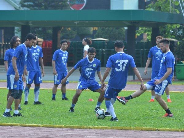 Latihan Perdana Pasca Libur, Gomez Puas Kondisi Pemain