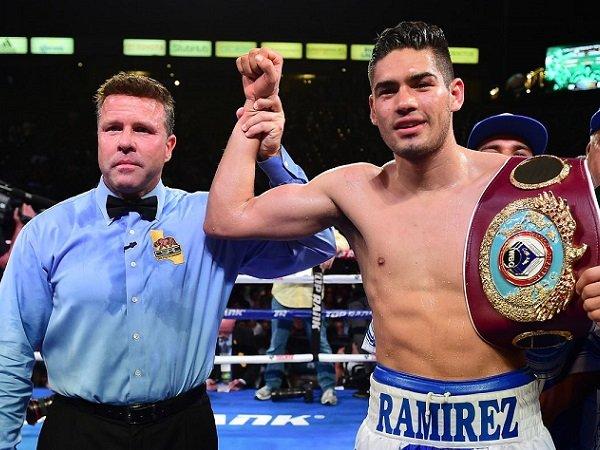Taklukkan Angulo, Ramirez Pertahankan Gelar Juara Kelas Menengah WBO