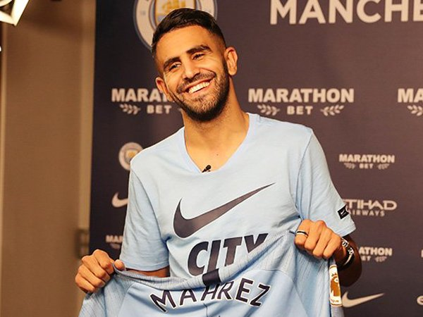 Riyad Mahrez Sampaikan Ucapan Terima Kasih Menyentuh Bagi Leicester City