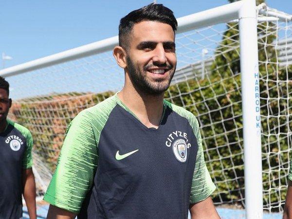 Riyad Mahrez Bikin Manchester City Disesaki oleh Pemain Sayap