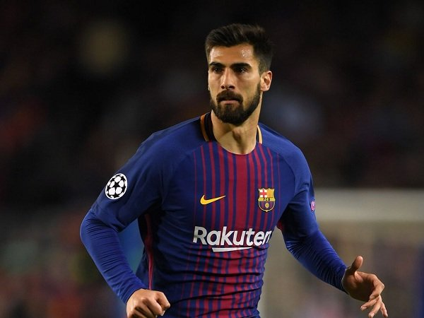 Gomes Ngebet ke Spurs, Barcelona Incar Nzonzi