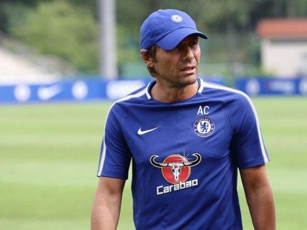 Lewat Pujian untuk Manajer Baru Chelsea, Granovskaia Sindir Conte