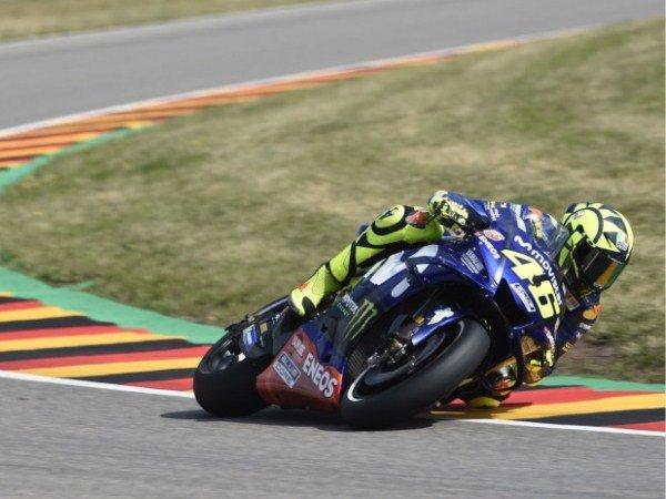 Rossi Cemaskan Pilihan Ban Jelang MotoGP Jerman