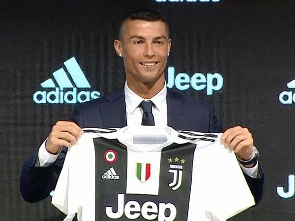 Berlusconi Beri Selamat Ke Juventus Usai Rampungkan Transfer Ronaldo