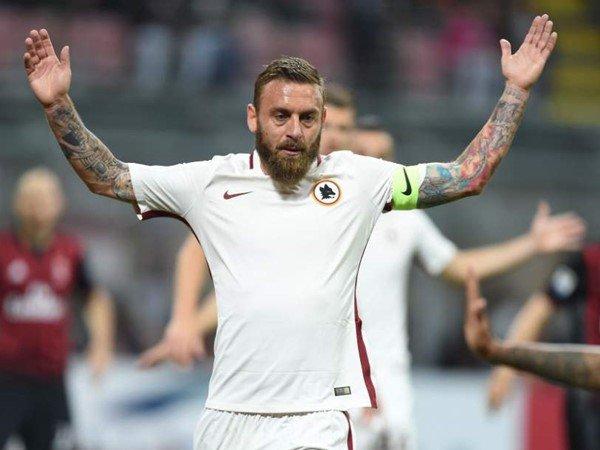 Conte Pelatih yang Berpengaruh bagi Gelandang AS Roma, De Rossi