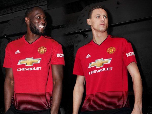 Terinspirasi Kereta Api, Manchester United Resmi Perkenalkan Jersey Home Terbaru