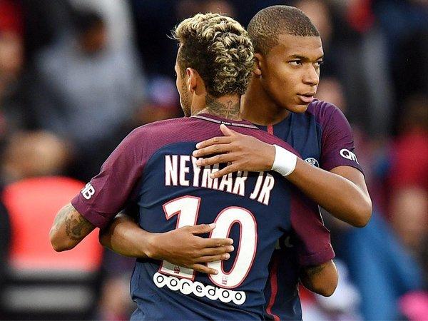 Paris Saint-Germain Pastikan Neymar dan Kylian Mbapppe Bertahan