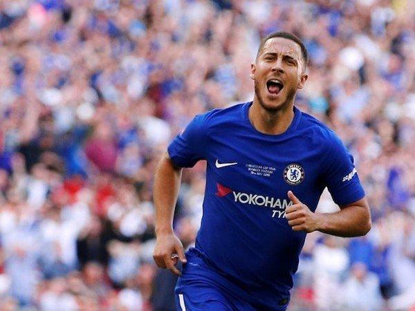 Ingin Menangkan Trofi? Fabregas Desak Chelsea Pertahankan Hazard