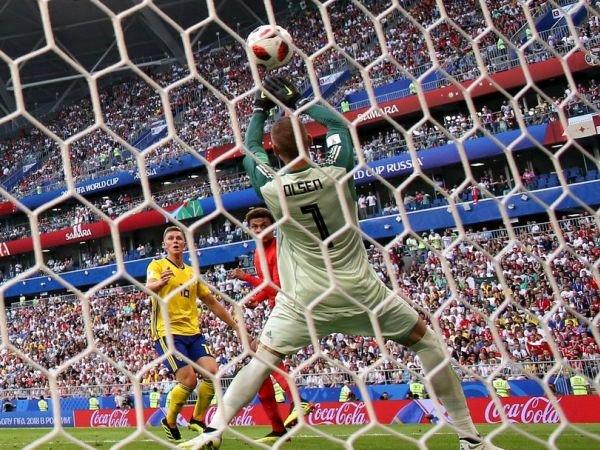 AS Roma Akan Beli Dua Pemain dengan Dana Penjualan Alisson