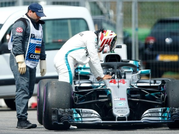 Alami Masalah Teknis, Lewis Hamilton Berusaha Lapang Dada