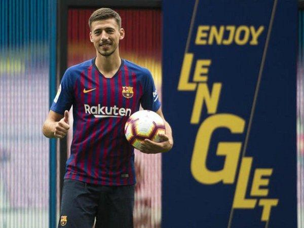Gabung Barcelona, Lenglet Gembira Tak Harus Hadapi Messi Lagi