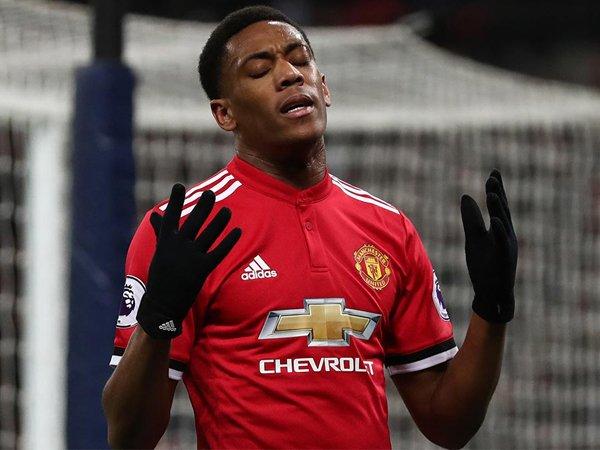 Anthony Martial Bulatkan Tekad untuk Pergi, Jose Mourinho: Nanti Dulu!