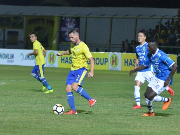 Pelatih Barito Akui Gagal Redam Kelebihan Tim Persib