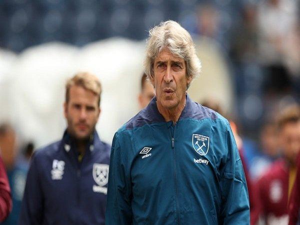 Sir Trevor Brooking Tantang West Ham Akhiri Musim di Papan Atas