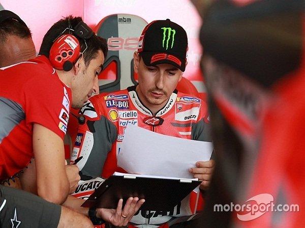 Ducati Beri Lampu Hijau Lorenzo Tes Motor Honda