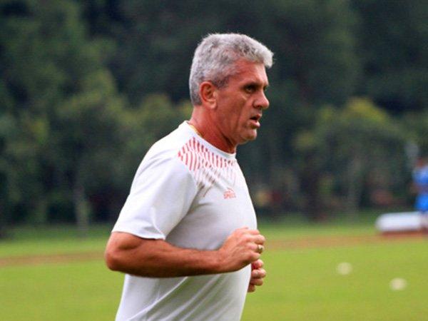 Milan Petrovic Kecewa Dengan Keputusan Manajemen Arema FC