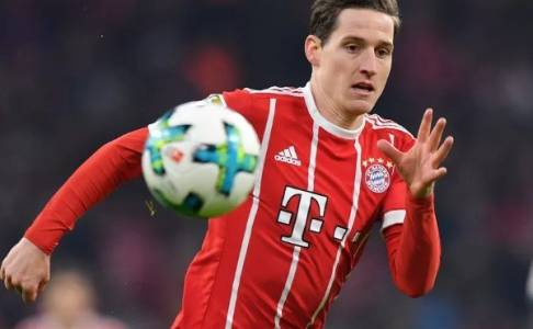 Bayern Munich Isyaratkan Jual Sebastian Rudy ke Schalke 04