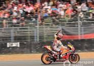 Hasil MotoGP Thailand: Marquez Kalahkan Dovizioso Di Lap Terakhir