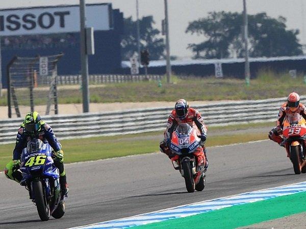 Tampil Kuat di Buriram, Rossi Ingatkan Yamaha Agar Tak Cepat Puas