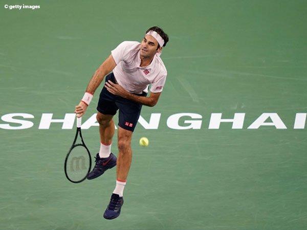 Roger Federer Selamat Dari Amukan Daniil Medvedev Di Shanghai