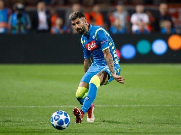 Terkuak! Presiden Napoli Gagalkan Transfer Hysaj ke Chelsea