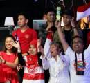 Wow! Mahasiswa Ini Tempuh Perjalanan 10 Jam Demi Dukung Pebulutangkis Indonesia di Denmark Open
