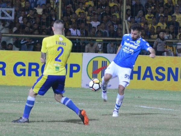 Tiga Pemain Kembali, Gomez Percaya Diri Hadapi PSM