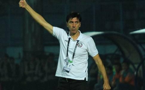 Dicukur Persela 4-0, Pelatih Arema FC Sebut Timnya Kurang Beruntung