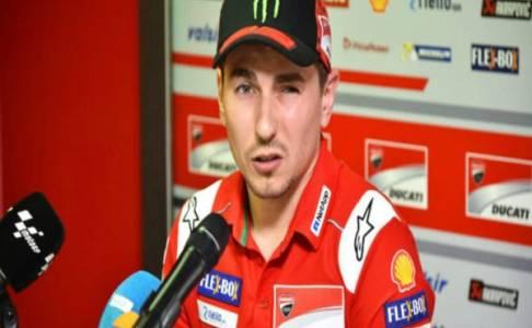 Lorenzo Masih Keluhkan Kondisi Cederanya di Hari Pertama MotoGP Valencia