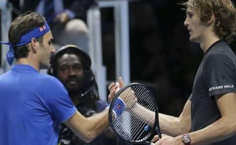 Kemenangan Alexander Zverev Atas Roger Federer Dibayang-Bayangi Insiden