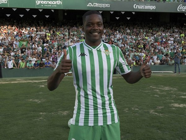Carvalho dan Patricio Sumbang Dana untuk Sporting