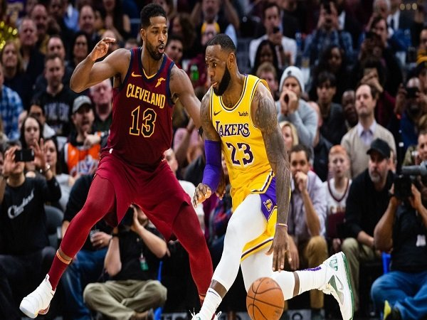 Cavaliers Vs Lakers 2018 >> Lebron James Impresif Lakers Petik Kemenangan Dari Kandang