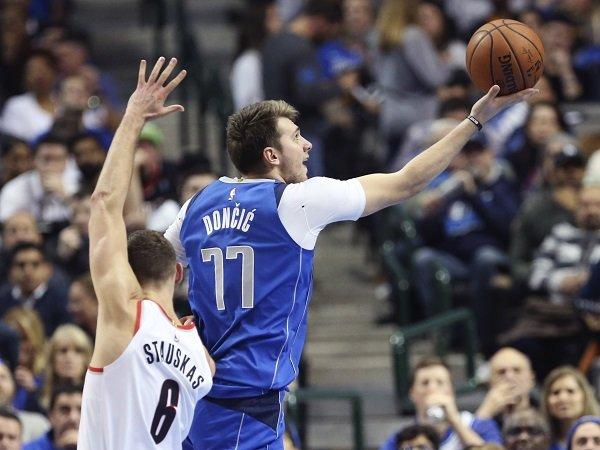 Luka Doncic Bawa Mavericks Benamkan Blazers