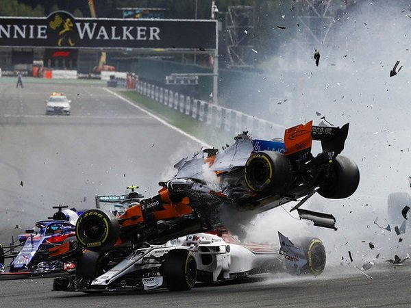 Analisis FIA Sebut Charles Leclerc Akan Cedera Fatal Jika Tidak Ada Halo
